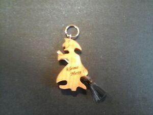 Schlüsselanhänger, Holzhexe, Hexe, Deco mit Wunschgravur