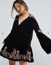 People Ob674271 Te Amo Embroidered Peasant Dress in Black Combo S