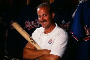 LD120-53 1995 MLB Montreal Expos GM Kevin Malone (70) ORIG 35mm Color Positives