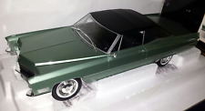 KK-Scale 1:18 Cadillac DeVille Convertible met softtop 1968 lichtgroen metallic