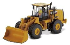 Diecast Masters Cat 966M Wheel Loader 1/87 scale model 85948