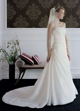 Davids Bridal Slimming Full Length Wedding Dress sz 6 Long Train Rounched T9579