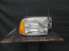 95 96 97 chevrolet Blazer right side headlight lamp 95-97 RH