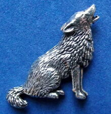 New Howling Wolf Hunting Shooting Brooch Pin