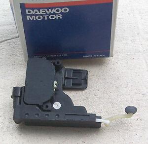 Door Lock Actuator, Left - 96252093 - Daewoo Leganza