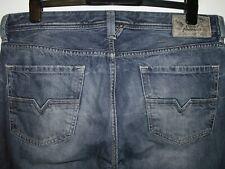 Diesel larkee regular-straight fit jeans distressed wash 008B9 W36 L34 (a5923)