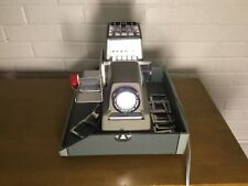 ARGUS 500 VINTAGE HOME POWERED LIGHTED SLIDE PROJECTOR WITH GREEN CASE VINTAGE