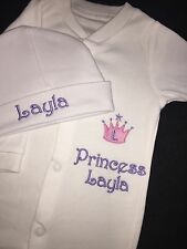 PERSONALISED Baby Sleepsuit Hat Gift Set Boys Girls Prince Princess Gro ANY NAME