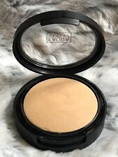 Pre- Owned Laura Geller Double Take Baked Versatile Powder Foundation Golden Med