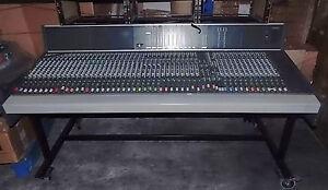 STUDER 928 AUDIO MIXER CONSOLE ANALOGIQUE STUDIO 40 CHANNELS