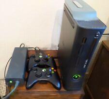 Xbox 360 Konsole komplett mit XK3Y, 60GB HDD und 2 Controllern