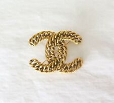 .Heavy Vintage Chanel Gold Toned Chainlink 1107 Brooch - Collectable!