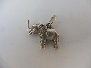 schöner, alter Anhänger  ,  835 Silber   , kl. Silberfigur , Elefant