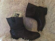 NEW Frye 76980 LINDSAY PLATE  Short Boot size 6 B Dark Brown