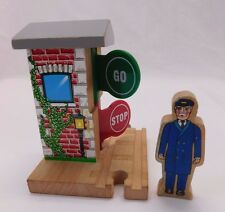 Thomas & Friends Wooden Railway Stop & Go Station Engineer People Figure
