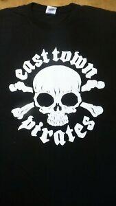 EAST TOWN PIRATES Skull logo T-Shirt Size Large + Backprint.New.Punk,Rock,Pirate