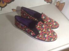 Lovely Ladies Henleys Flowery Canvas Shoes Size 5, New Shop Clearance