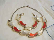 Stunning Necklace Bracelet Set Gold Tone Pearl White Red/Orange Cabochons WoW