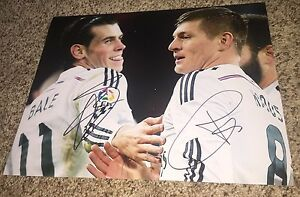 Toni Kroos and Gareth Bale Signed Real Madrid 11x14 Photo with proof