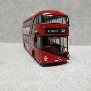 1 X LONDON CORGI OM OMNIBUS  BUS MODEL IS USED NO BOXES