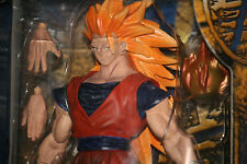 """Dragonball Z (2002) FUSION COLLECTION """"SS3 GOKU"""" 10"""" MINT CONDITION!"""