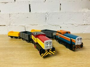 Dart & Den - Thomas & Friends Battery Operated Trackmaster Motorised TOMY Trains