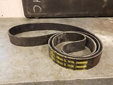 1215L GATES MICRO-V BELT NEW Nos