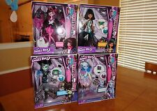 "Monster High ""Ghouls Rule"" Doll Lot (Draculaura, Abbey, Frankie & Cleo) - New"