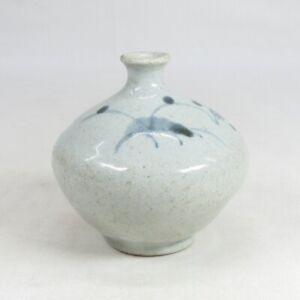 E0121: Rare, real old Japanese SHOKI-IMARI blue-and-white porcelain ware oil pot