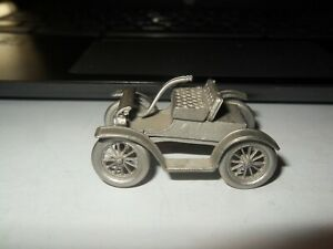 DANBURY MINT CLASSIC 1903 OLDSMOBILE  PEWTER COLLECTIBLE CAR PRE-OWNED