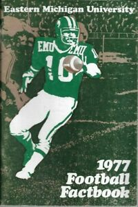 1977 EASTERN MICHIGAN HURON FOOTBALL media guide, Bobby Windom, Excellent