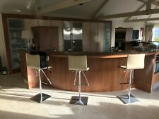 Hi-Quality Second Hand Kitchen Complete with Granite Worktops and Appliances