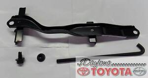 OEM TOYOTA 4RUNNER BATTERY HOLD DOWN CLAMP KIT 74404-35140 FITS 1996-2002