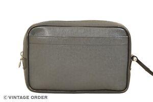 Louis Vuitton Black Taiga Kaluga Clutch Bag M30812 - YH00071
