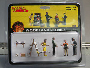 WOODLAND SCENICS NEWSSTAND FIGURES O GAUGE train people paper boy stand WDS2740