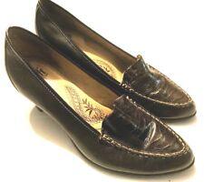 SOFFT Womens 8.5 N Dark Brown Leather Simple Classy Comfort Pumps Heels Shoes