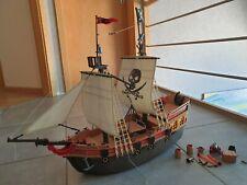 Bateau pirates Playmobil, avec pirates et accessoires