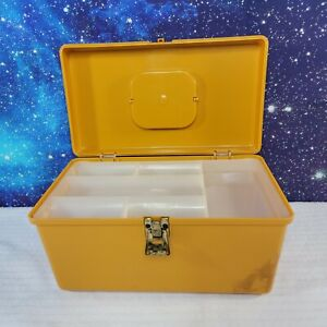 Vintage Wilson Mfg. Wil-Hold Harvest Gold Plastic Case Craft Sewing Box w/Tray