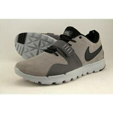 Calzado de hombre Nike color principal gris de ante
