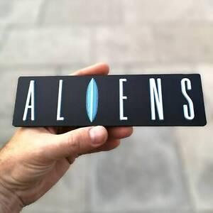 Aliens 3D logo / shelf display / fridge magnet - movie collectible