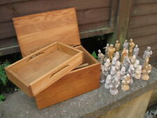 VINTAGE PLASTER ANCIENT GREEK INSPIRED CHESS SET + SOLID OAK BOX.LARGE PIECES