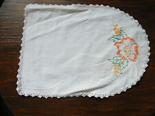 Embroidered Doily Table Linen White Crochet Trim Peach Gold 12 x 9 Inch NICE