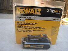 DeWALT DCB201 20V MAX Lithium Ion Cordless Compact 1.5 Ah Battery Pack - 20 Volt