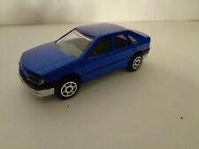 Renault safrane bleu 1/63 MAJORETTE s 200