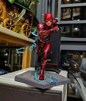 The Flash Artfx Statue PVC Action Figure Collectible Model Toy DC Comics Box