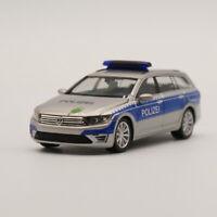 "Ho scale model Herpa 1:87 VW Passat B8 Variant GTE ""Polizei Hamburg"" Model Car"