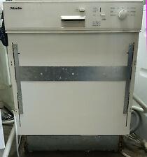 MIELE G 638 I PLUS Spülmaschine, Geschirrspüler teilintegriert vom Händler!