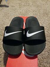 Nike Kids Kawa Slide SolarSoft (GS/PS) Athletic Sandal Black/White Sz 5y