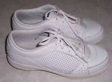 EASY SPIRIT Court Side Womens Size 7.5W White Leather Sneakers Lace Up Shoes