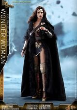 WONDER WOMAN GAL GADOT JUSTICE LEAGUE 903121 DELUXE 1:6 HOT TOYS FIGURE IN STOCK